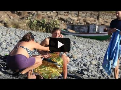 Embedded thumbnail for Video: Una patera con 24 personas llega a las costas de Gran Canaria