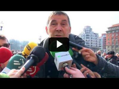 Embedded thumbnail for Video: ARNALDO OTEGI (EHB) en la manifestación de PENSIONISTAS en BILBAO (22/02/2018)
