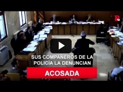 Embedded thumbnail for Video: Sonia Vivas, acosada: sus compañeros de la policía la denuncian