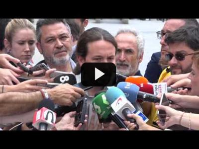 Embedded thumbnail for Video: PABLO IGLESIAS CON LOS TAXISTAS (MAYO 2017)