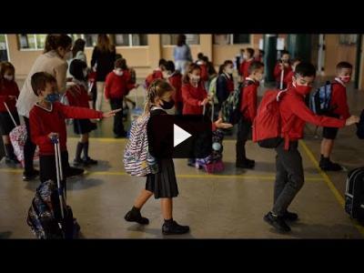 Embedded thumbnail for Video: Madrid inicia el curso con las peores cifras de Covid de España