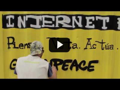 Embedded thumbnail for Video: Un container en Madrid para denunciar la desinformación