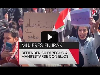 Embedded thumbnail for Video: Las mujeres defienden su derecho a manifestarse con ellos en Irak
