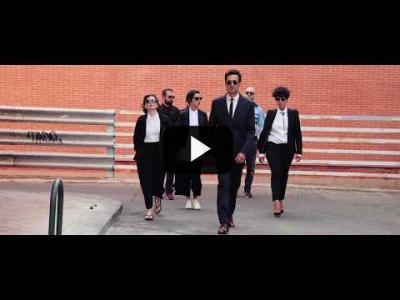 Embedded thumbnail for Video: Reservoir Hotdogs | La película de Carne Cruda
