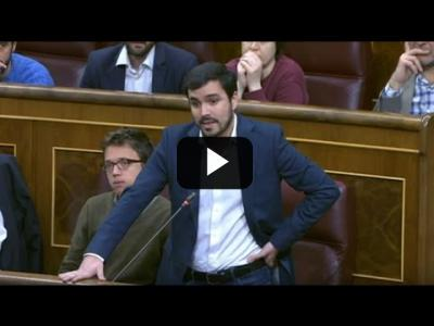 Embedded thumbnail for Video: ALBERTO GARZÓN (IU) humilla al PP con el 'FASCISTA TORTURADOR' y 'JUECES de OPUS DEI' (05/04/2017)