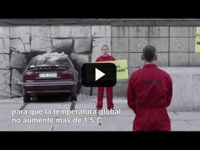 "Embedded thumbnail for Video: ""Lanzamos"" un coche al Museo Reina Sofía"