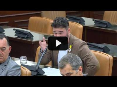 Embedded thumbnail for Video: GABRIEL RUFIAN (ERC) arma la BRONCA en interrogatorio a ESPERANZA AGUIRRE (10/04/2018)