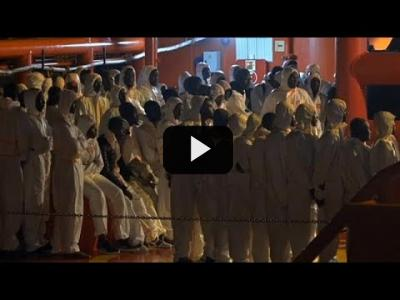 Embedded thumbnail for Video: Andalucía, desbordada por la llegada de inmigrantes